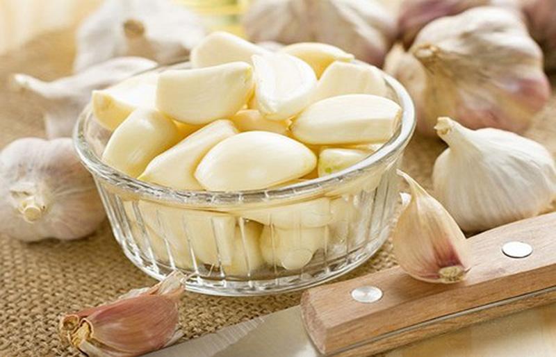 Mỗi tép tỏi trắng đều có giá trị cho sức khỏe gan của bạn
