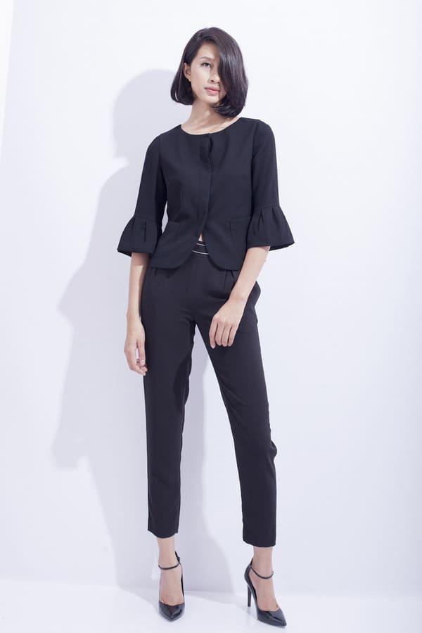 áo sơ mi kiểu màu đen cách điệu
