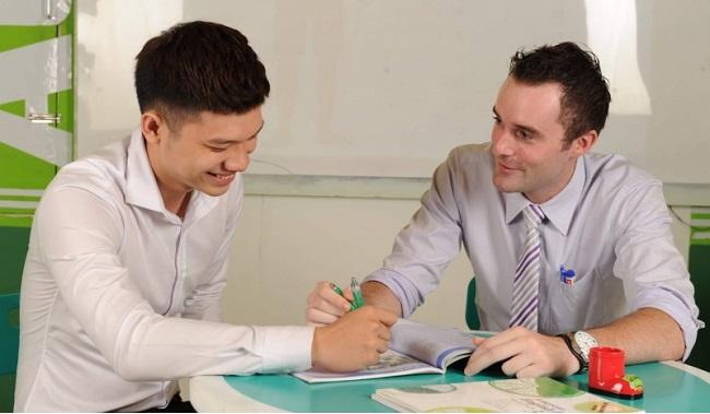 Top 10 giáo viên dạy IELTS giỏi ở TPHCM: thầy Brian