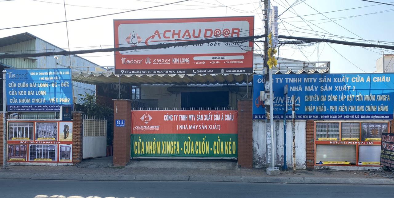 Xưởng sản xuất tọa lạc tại mặt tiền đường Lý Thường Kiệt với diện tích trên 1,000 m2