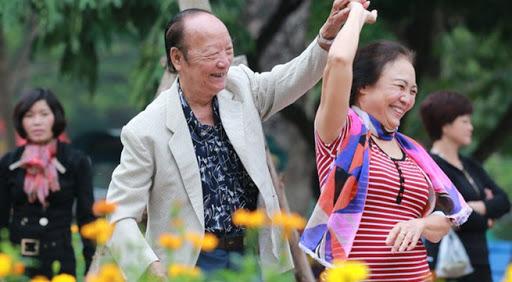 Lợi ích của khiêu vũ đối với sức khỏe người cao tuổi