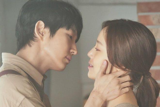 """Flower Of Evil: Trình """"làm bố"""" xuất sắc của Lee Jun Ki cứu cả bộ phim"""