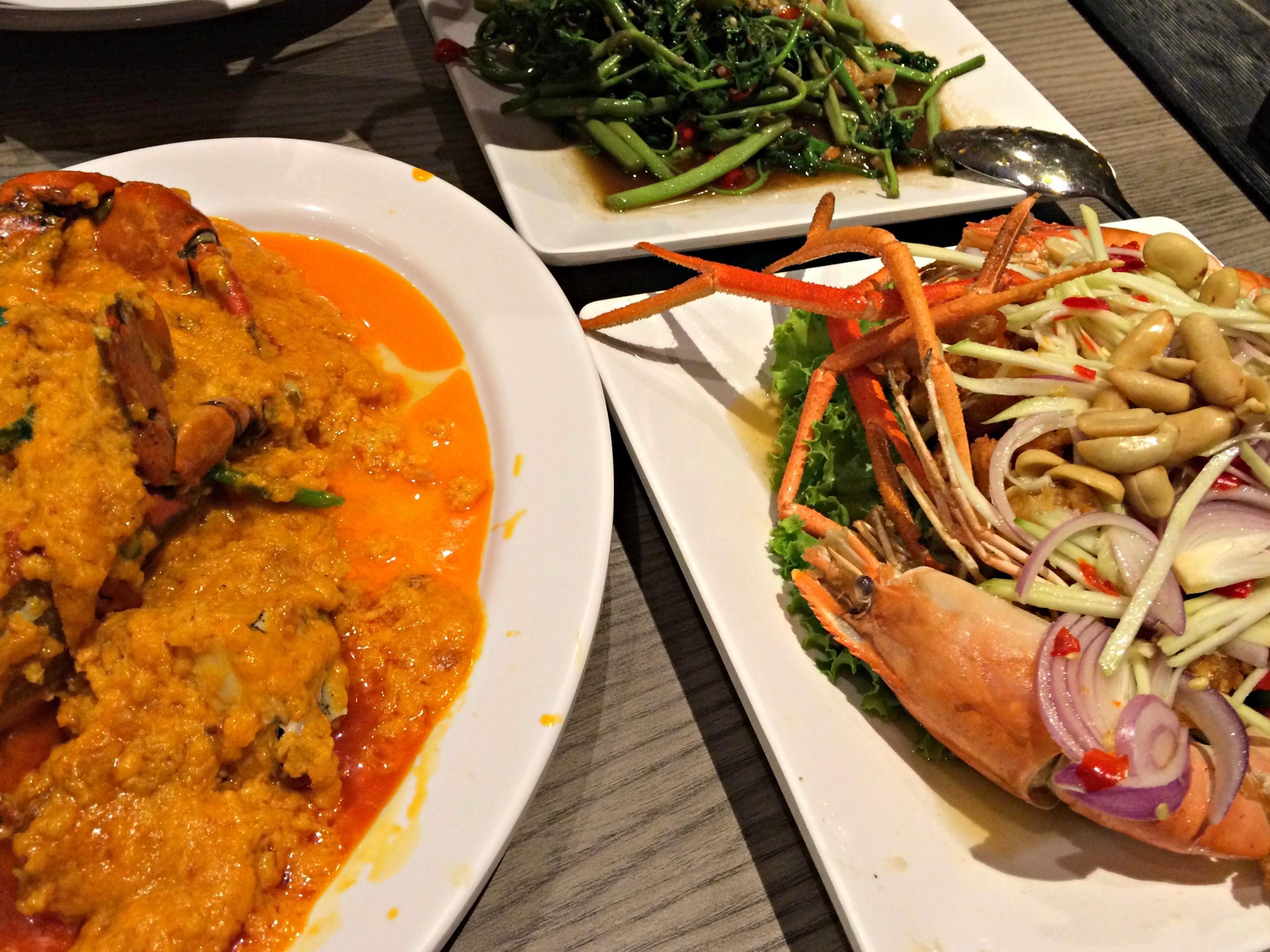 Mynn's Top 10: A Food Tour in Bangkok - She Walks the World