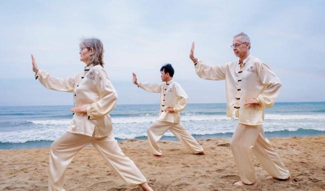 Tập Thái cực quyền giúp giảm đau thắt lưng ở người cao tuổi?