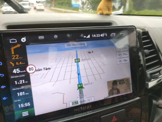 """Độ"""" màn hình Android trên ô tô: Thượng vàng hạ cám, mất tiền như chơi   Báo Dân trí"""
