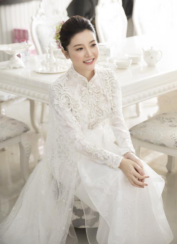 Chọn áo dài cưới cho cô dâu có dáng người gầy, mảnh