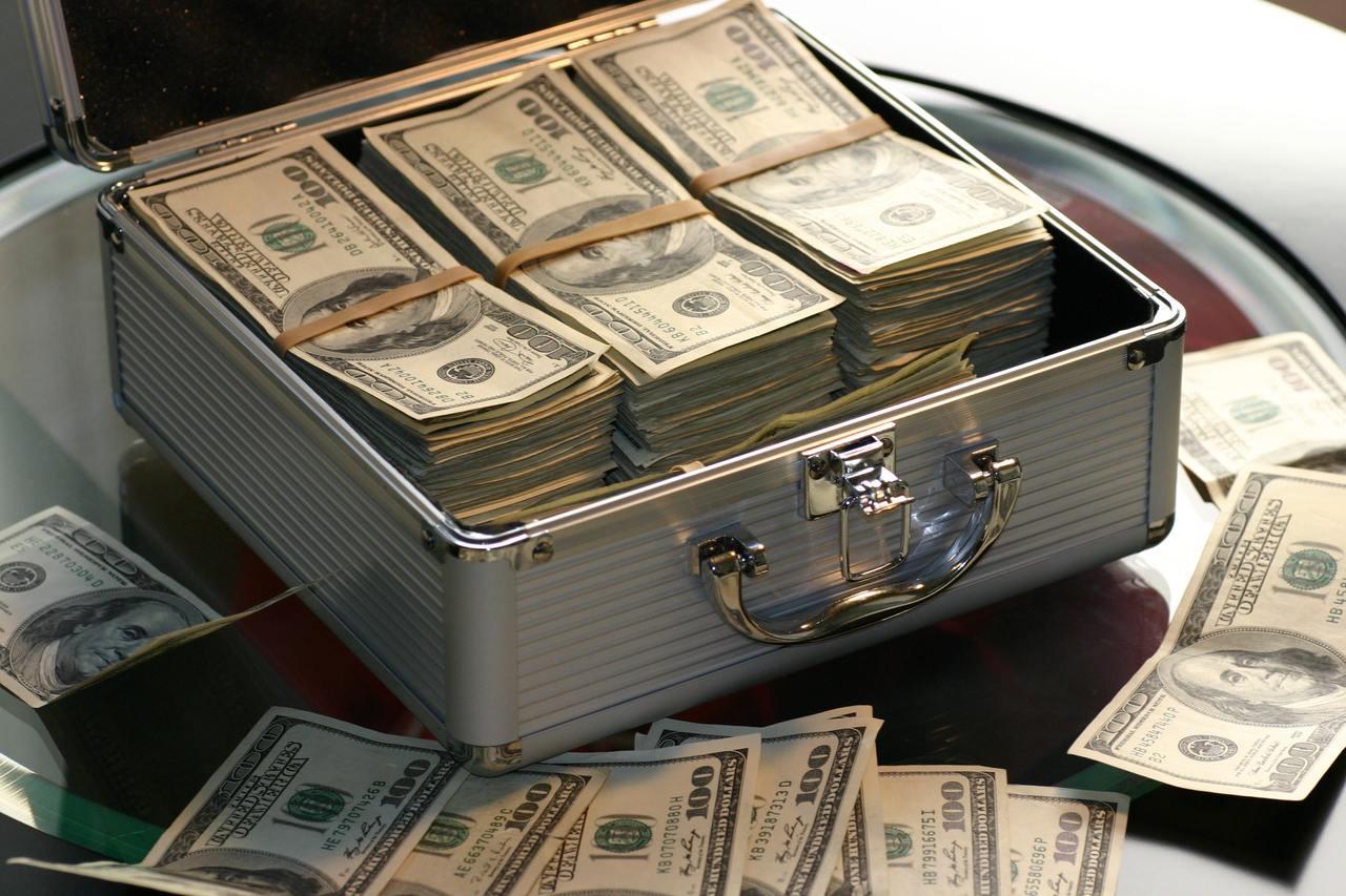 Tỷ giá USD hôm nay 23/4: Giá đô la trên thị trường tự do tăng mạnh