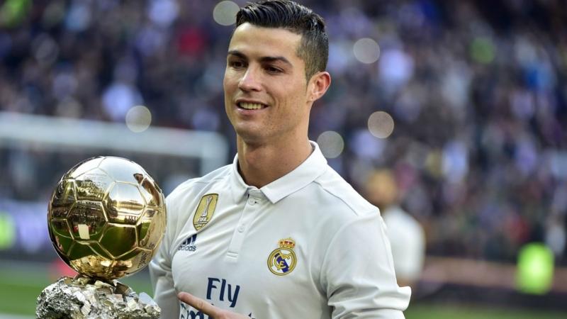 Cristiano Ronaldo - ngôi saogiải tríđắt giá nhất