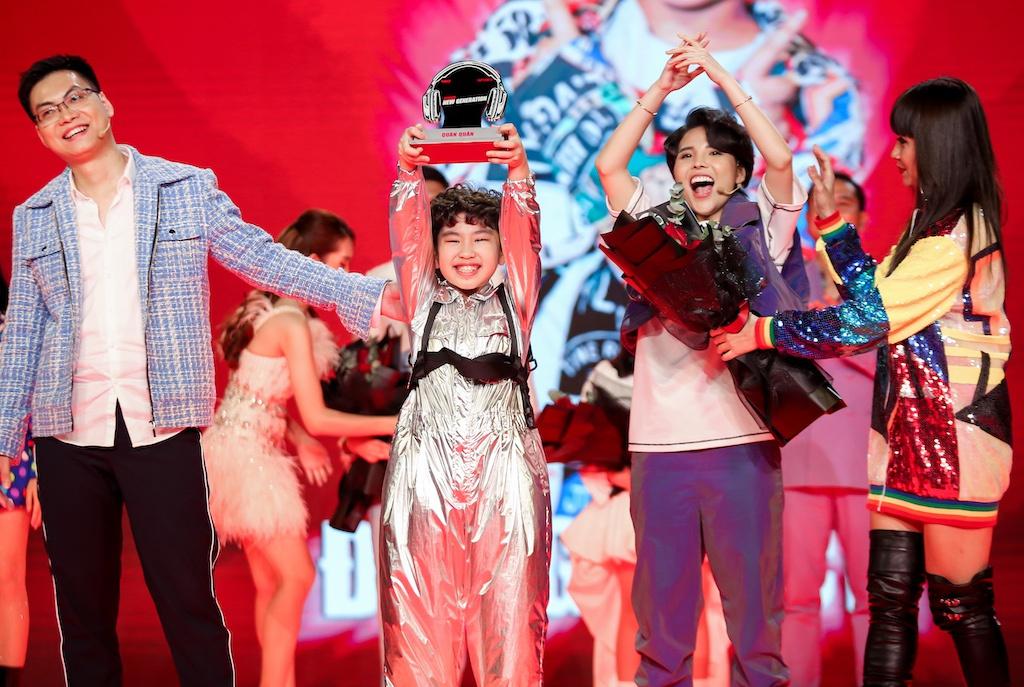 Đăng Bách trở thành quán quân 'Giọng hát Việt nhí 2021' nhận giải thưởng 1 tỉ đồng | Giải trí | Thanh Niên