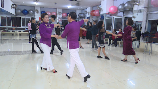 Lợi ích của khiêu vũ đối với người cao tuổi - Đài Phát Thanh và Truyền Hình  Thái Bình