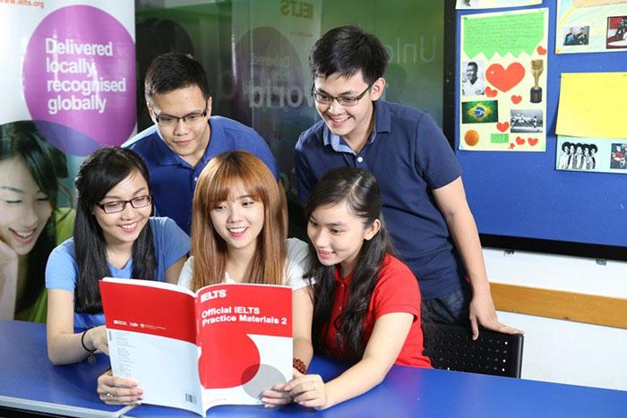 top 9 trung tâm học IELTS tốt ở HCM - BC